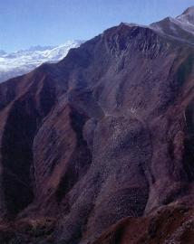 Верхняя часть оползня с горы Чокурак